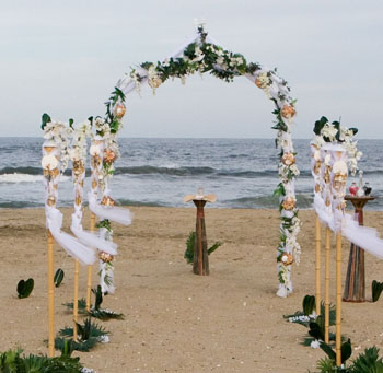 Wedding decoration outdoor beach wedding decoration ideas beach wedding alter 4 junglespirit Gallery